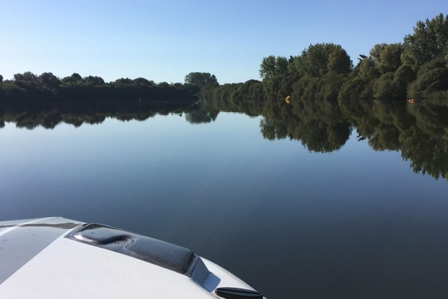 Ellingham Waterski and Wakeboard Club - flat water through the course