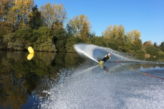 Ellingham Waterski and Wakeboard Club - waterskiing