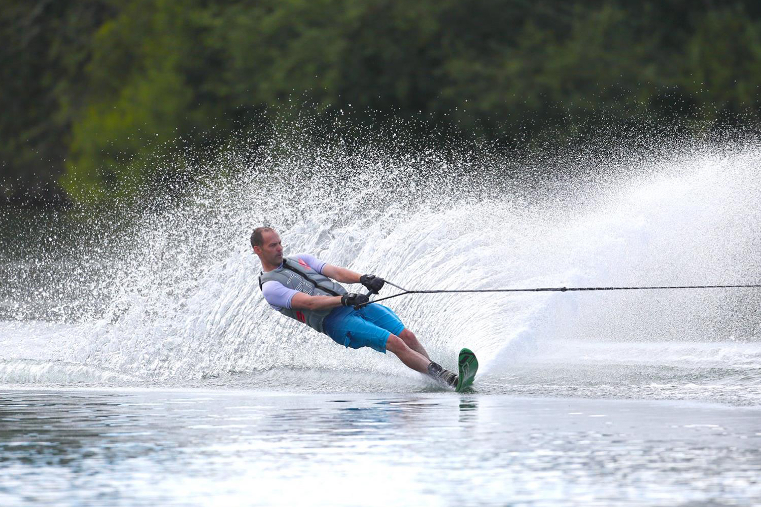 Ellingham Waterski and Wakeboard Club - slalom waterskiing